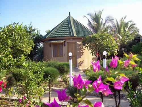 Hotel safari le jardin for Le jardin dakar